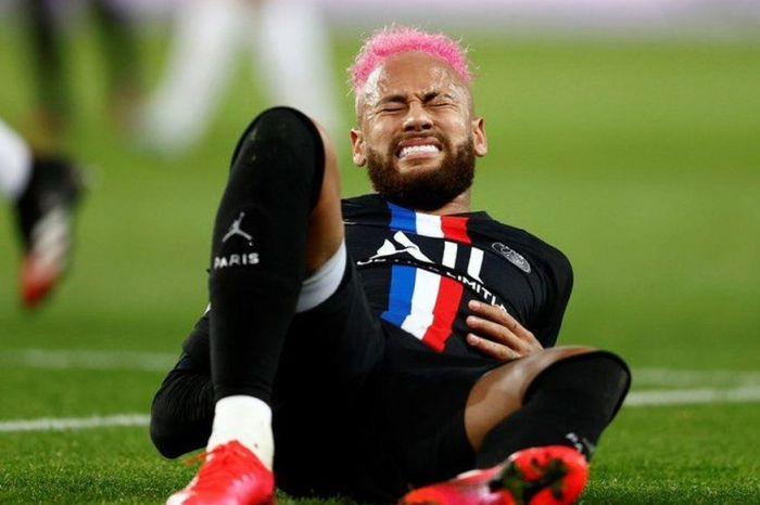 Neymar sofre lesão na costela e é vetado em Nantes x PSG