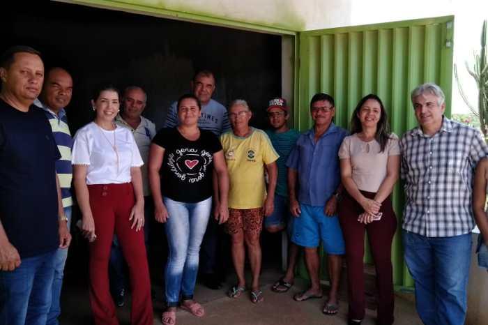 Em reconhecimento pelo trabalho, prefeita Anna Lorena é recebida na comunidade do Garapa