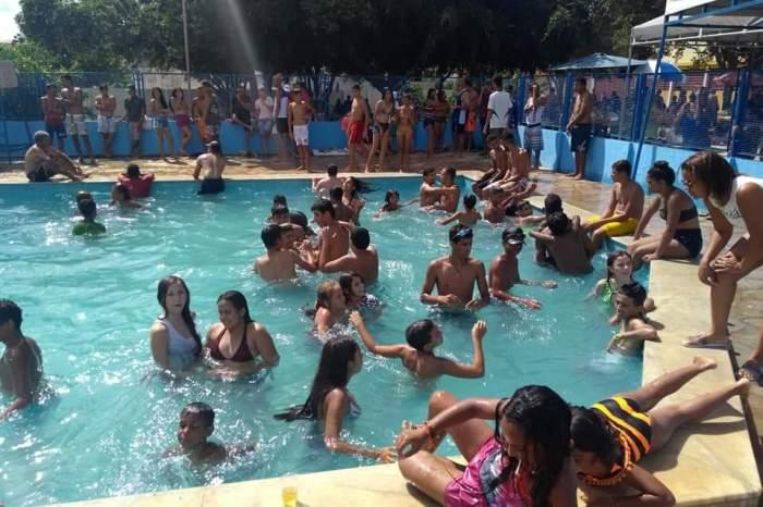 Prefeitura de Sumé abre gratuitamente as piscinas do Ginásio de Esportes para o carnaval