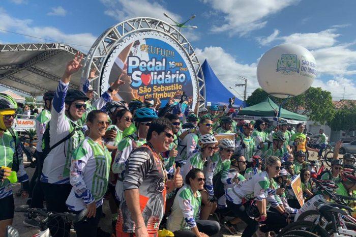 Pedal Solidário de São Sebastião do Umbuzeiro tem início com centenas de participantes