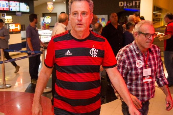 Presidente do Fla vende petroleira para se dedicar só ao clube