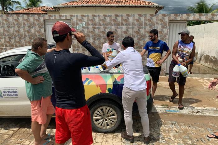 Prefeito e vice de SSU doam seus salários para ajudar famílias vítimas da enchente