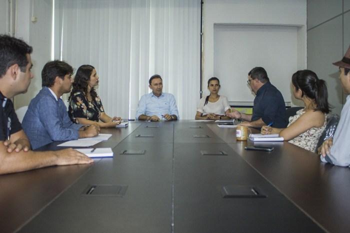 Governo discute projeto de reflorestamento das nascentes e matas do rio Paraíba
