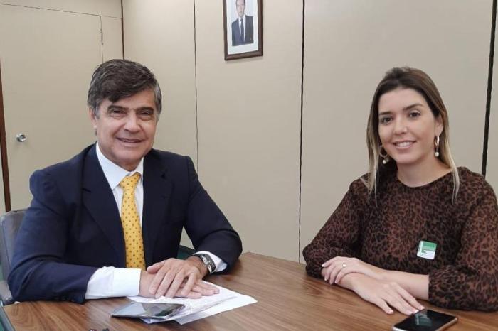 Prefeita Anna Lorena anuncia filiação no PL para disputar a reeleição