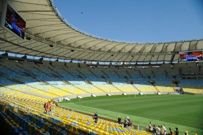 Clubes cariocas resolvem concluir o campeonato estadual em campo