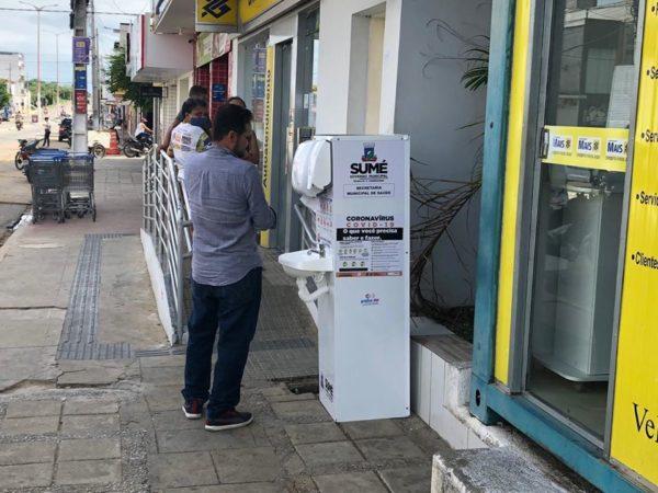 Coronavírus: Prefeitura de Sumé instala lavatórios de mãos em pontos públicos da cidade