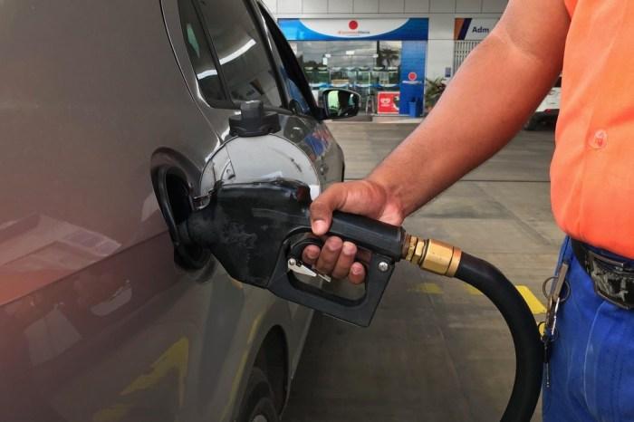 Paraíba tem menor preço médio de gasolina do Nordeste em maio