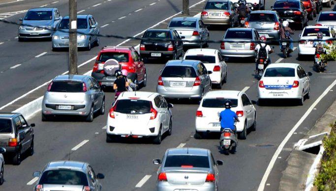 João Azevedo veta lei que proibia apreensão de veículos durante pandemia