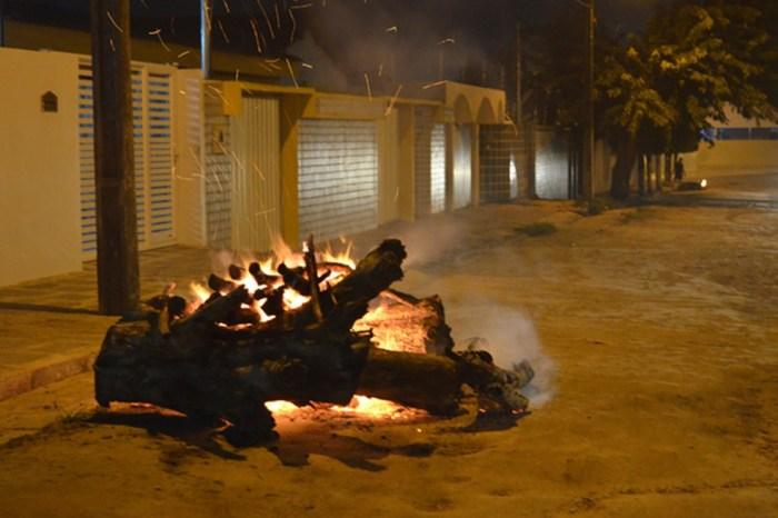 Lei que proíbe fogueiras em espaços urbanos durante a pandemia é sancionada