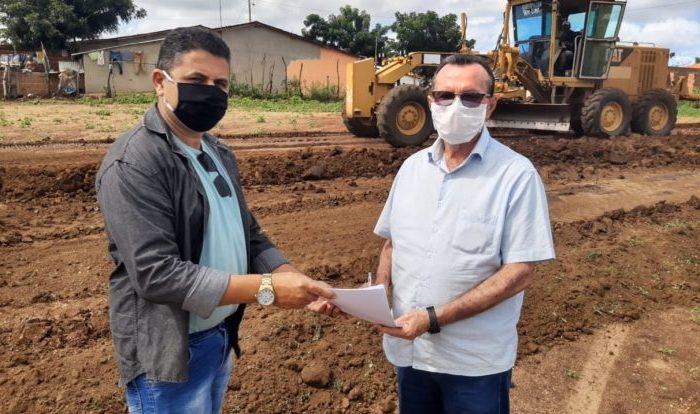 Governo do Estado firma parceria com prefeitura para construção de escola em Caturité