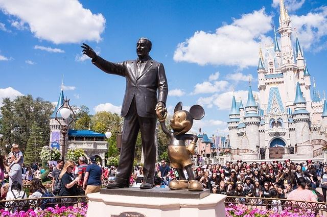 Parques da Disney na Flórida devem reabrir em julho