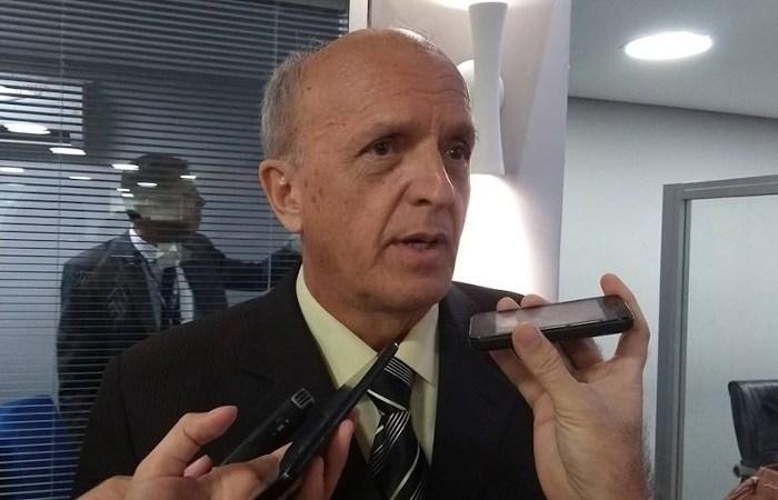 """""""Os municípios insistem em notificar com atraso"""" diz secretário sobre casos de covid-19 na PB"""