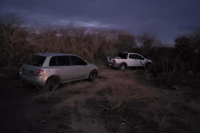 Polícia recupera veículos usados na tentativa frustrada de assalto a carro forte no Cariri