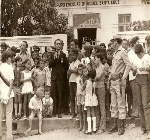 MOÍDOS DA REDAÇÃO: PL de Cajó Menezes torna Escola Miguel Santa Cruz patrimônio histórico de Monteiro