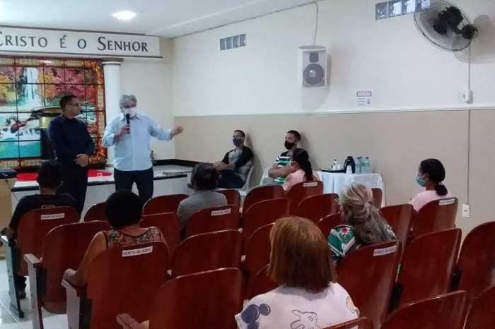 Presidente da Câmara de Monteiro visita Igreja Universal e discute papel social e de evangelização