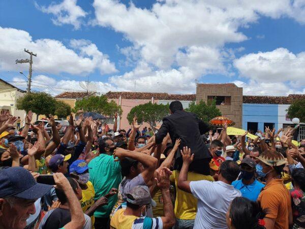 Após posse de vice, cidade do Cariri paraibano vira novamente palco de aglomerações