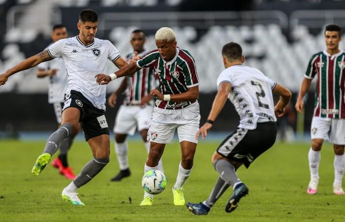 Em crise financeira, Botafogo-RJ volta a encarar Flu em amistoso