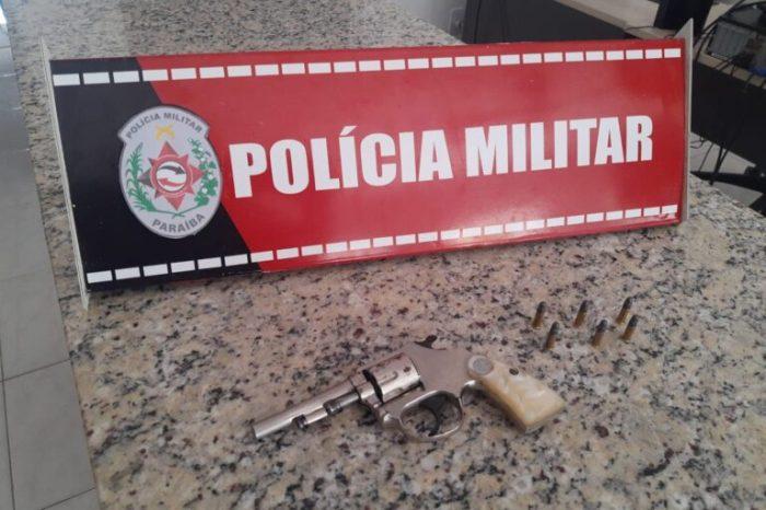 Após denúncia, Polícia Militar apreende revólver e munições na cidade de Serra Branca
