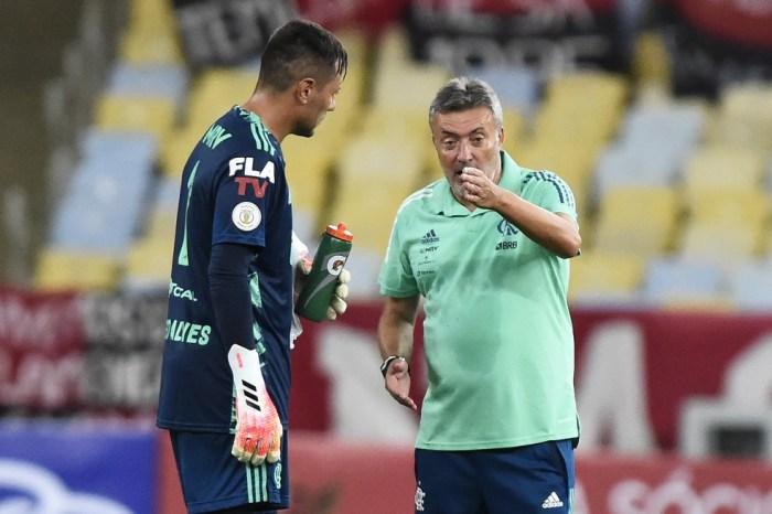 Diego Alves e Filipe Luís se tornam auxiliares de Dome no Fla