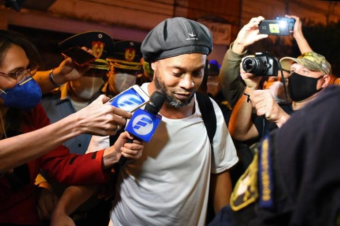 Ronaldinho Gaúcho pode voltar ao Brasil em breve