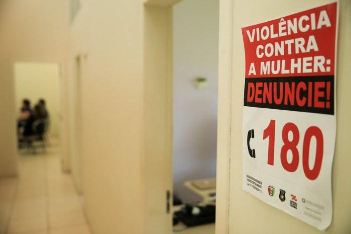 Governo publica nova portaria para aborto legal em caso de estupro
