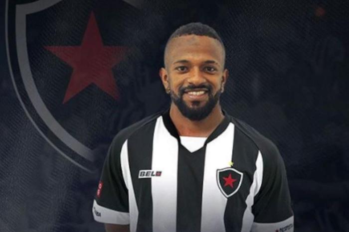 Botafogo-PB contrata atacante para buscar reação na Série C