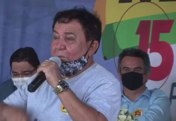 Vídeo de pré-candidato do MDB que admite ter roubado viraliza