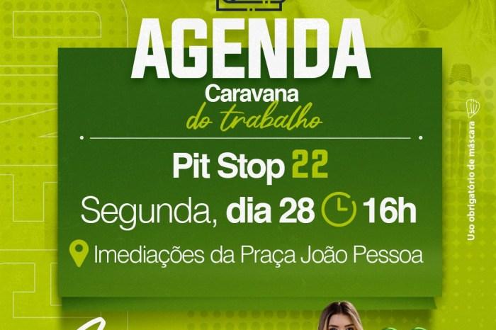 Lorena e Celé iniciam campanha de rua com adesivagem em Monteiro
