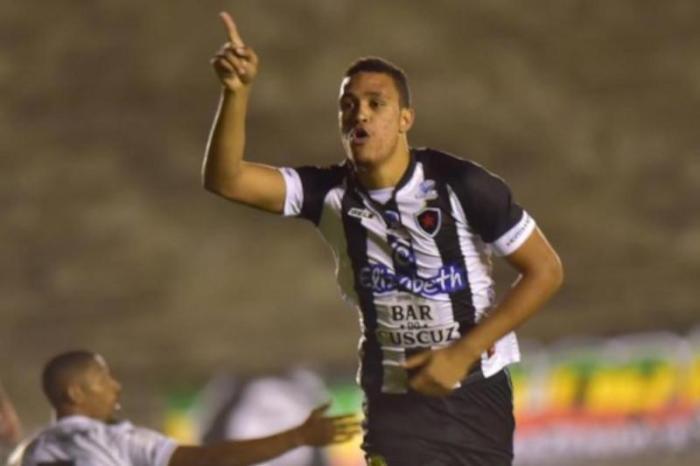 Atacante deixa o Botafogo-PB para disputar a Série B do Brasileiro