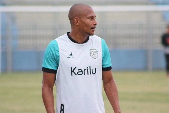 Treze consegue efeito suspensivo, e Léo Pereira enfrenta o Manaus