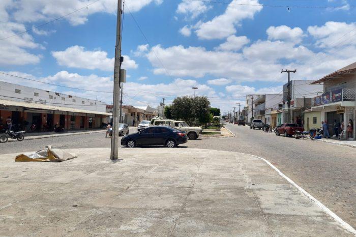 Criminosos roubam loja de móveis e tentam fazer arrastão no centro de Cabaceiras