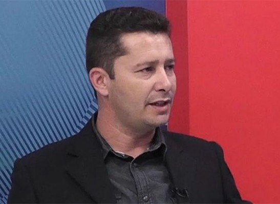 Justiça condena candidato à reeleição no Cariri a pagar multa de R$ 20 mil por usar 'paredão de som'