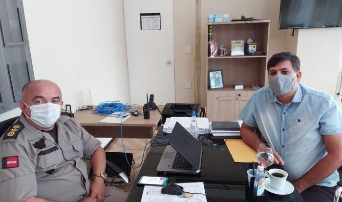 Coronel garante reforço no policiamento ostensivo em Cabaceiras após pedidos