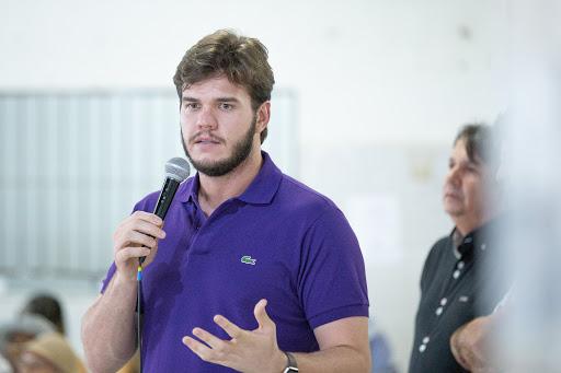 MOÍDOS DA REDAÇÃO: Bruno Cunha Lima lidera pesquisa com 37,2%; Inácio tem 17,2% e Ana 12,5%, em Campina