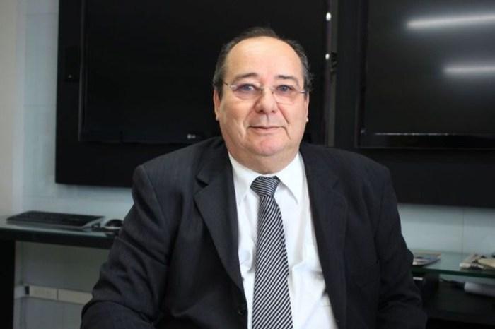 STJ suspende pedido de aposentadoria do conselheiro Arthur Cunha Lima