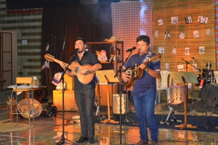 Sumé encerra II Festival Zé Marcolino fortalecendo o artista da terra e incentivando a cultura local