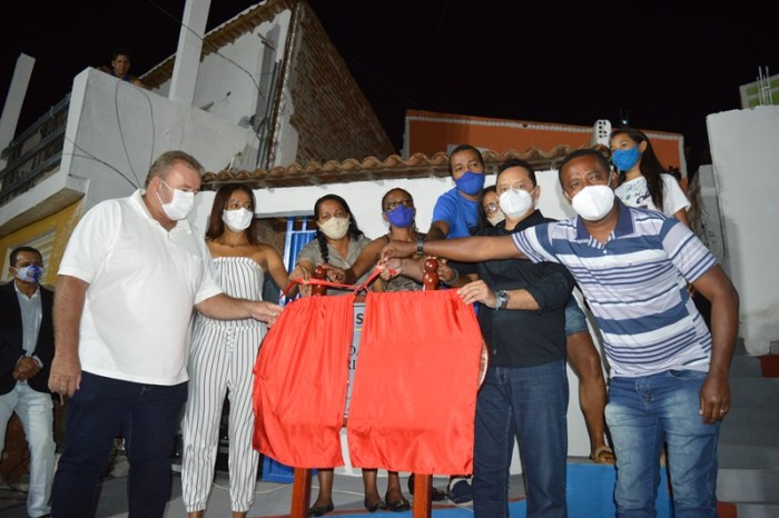 Prefeito Éden Duarte entrega Praça na Rua Severino Simões no Alto Alegre no Alto Alegre
