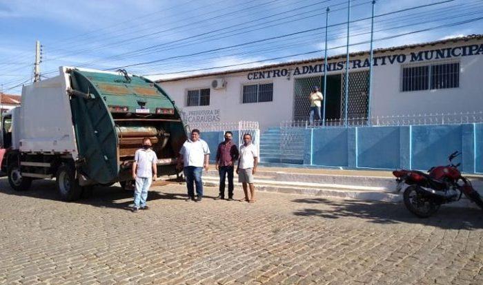 Prefeito de Caraúbas anuncia fim do lixão ao céu aberto e nova coleta domiciliar do lixo urbano