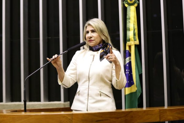 Deputada Edna Henrique cancela mais uma emenda para o município de Monteiro