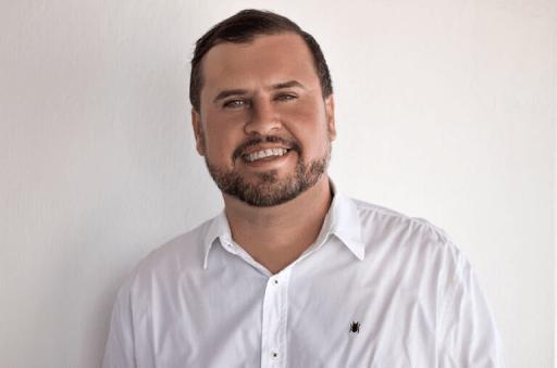 Prefeito interino Bira Mariano anuncia nome do novo secretário de finanças de Camalaú