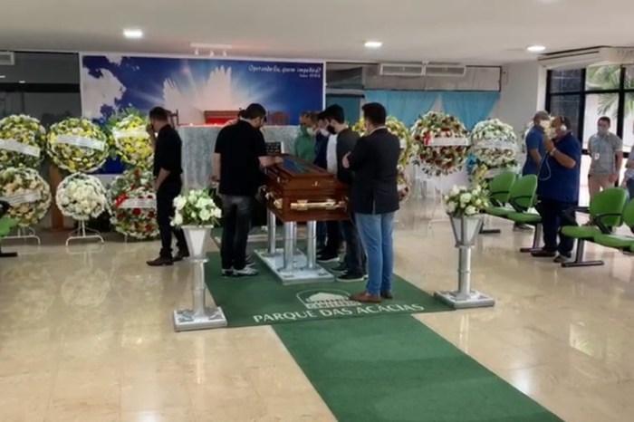 Corpo do deputado estadual João Henrique é velado em João Pessoa