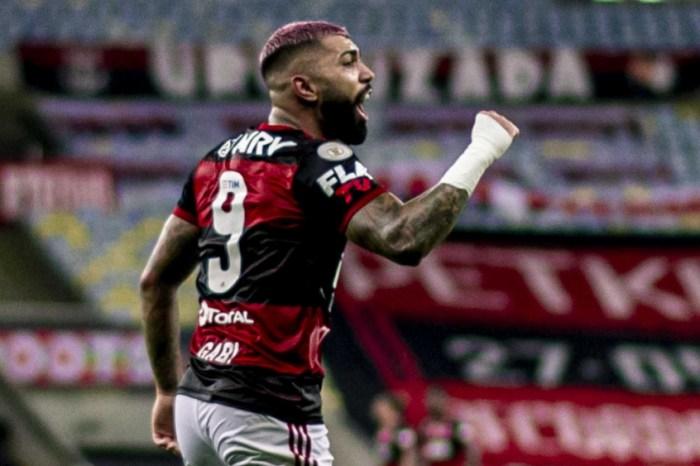 Flamengo vence o Corinthians e 'decide' o título contra o Inter