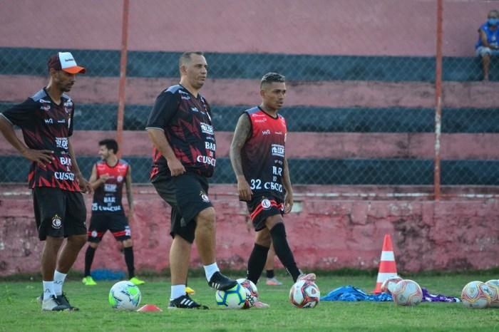Ederson não vai mudar a postura do Campinense contra o Bahia