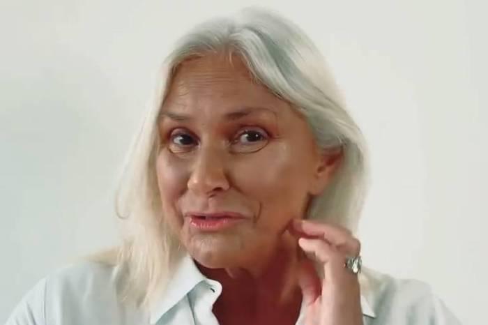 Fafá de Belém pede desculpas aos fãs ao assumir os cabelos brancos