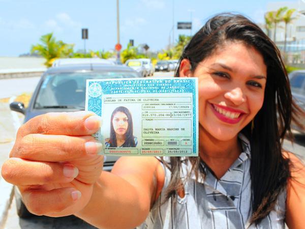Prefeitura de Monteiro presta auxílio no cadastramento do Programa Habilitação Social