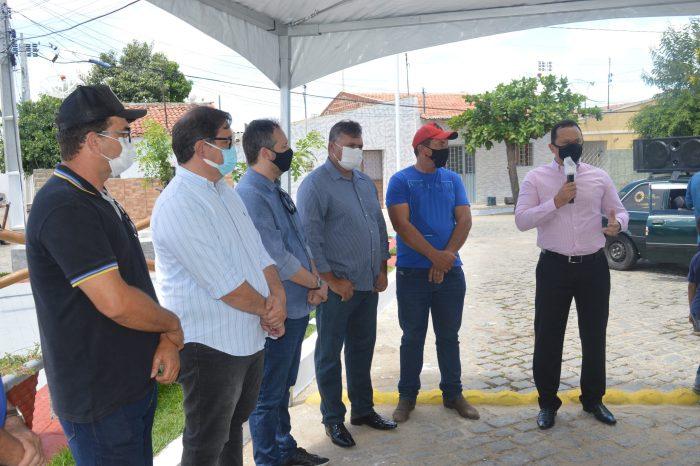 Prefeitura de Sumé entrega a Praça Leonardo Guilherme