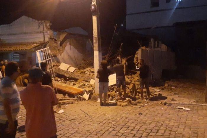 Bandidos explodem agência do Banco Bradesco na cidade de Junco do Seridó