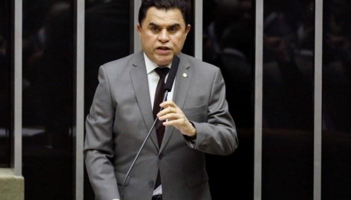 Wilson Santiago classifica como impensada a decisão do PTB de afastá-lo do comando do partido
