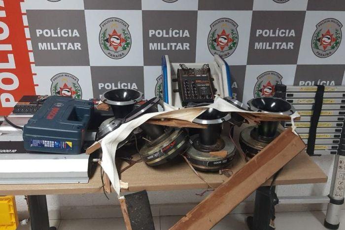 Dupla é presa suspeita de realizar arrombamentos de carros na orla de João Pessoa
