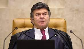 Presidente do STF nega pedido do Ministério Público Federal e mantém vacinação de trabalhadores da educação em João Pessoa